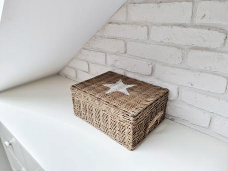 Rustykalny Kosz Pojemnik Rattanowy Hampton White Star (1)