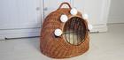 Transporter Wiklinowy naturalny z białymi pomponami Dla Psa,Kota -Duży ( York, Maltańczyk, Shih Tzu, Maine Coon ) (3)