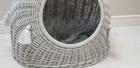 Budka Wiklinowa w kolorze szarym z szarymi chwostami Dla Psa,Kota  ( York, Maltańczyk, Shih Tzu, Maine Coon ) (4)