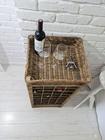 Rustykalny Regał Na Wino Hampton Winiarka Z Rattanu  (8)